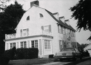 September 1977, Amityville, Long Island, New York State, USA --- View of the home of Ronald DeFeo Sr.,the car salesman, his wife, two daughters and two sons were found shot to death on 11/14/1974. Ronald DeFeo Jr., 23, the only surviving member of the family, who called the police to report the slayings, was being questioned by police. The Amityville Horror is based on this case. --- Image by © Bettmann/CORBIS