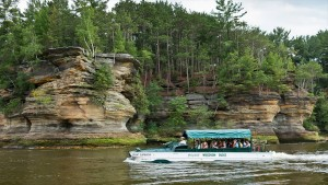 Wisconsin-Dells-and-vicinity-6059846-smallTabletRetina