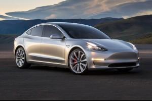 2017-Tesla-Model-3-front-three-quarter-02-e1462915280381