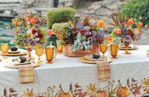 colorful-thanksgiving-entertaining-vintage-inspired-tablescapes-3