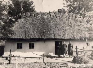 Хата у с. Старий Угринів, де 1 січня 1909 р. народився Степан Бандера.