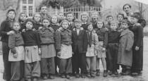 500px-DP_class_at_Schauenstein_camp