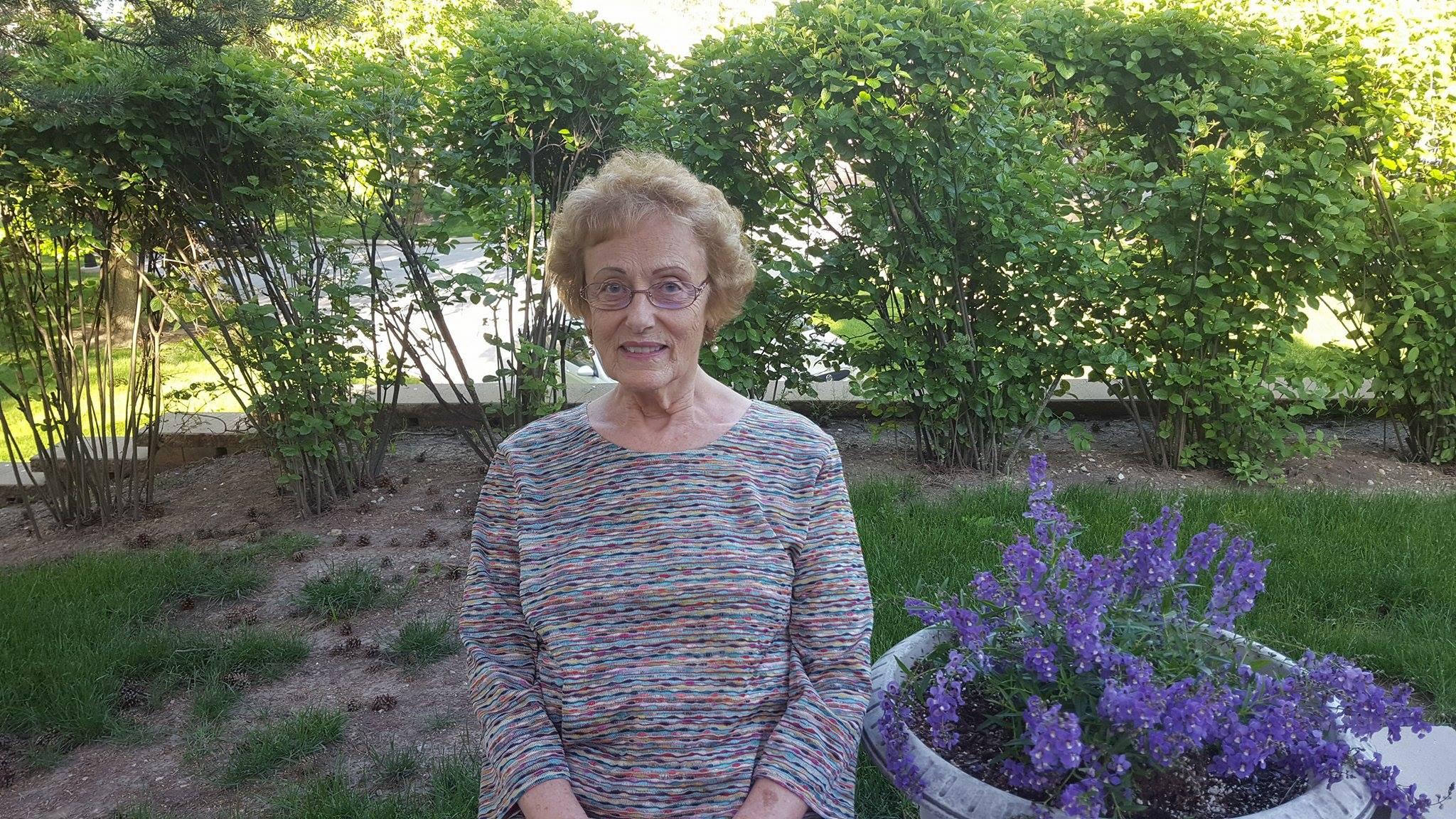Mrs Pat Kuzmak picture
