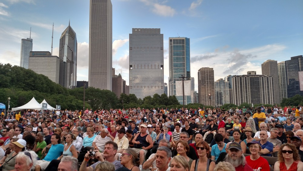 chicago-blues-festival-skyline-e1434386643365