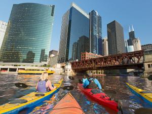 3 CityDesign-Chicago-Kayak-Tour-1200x900