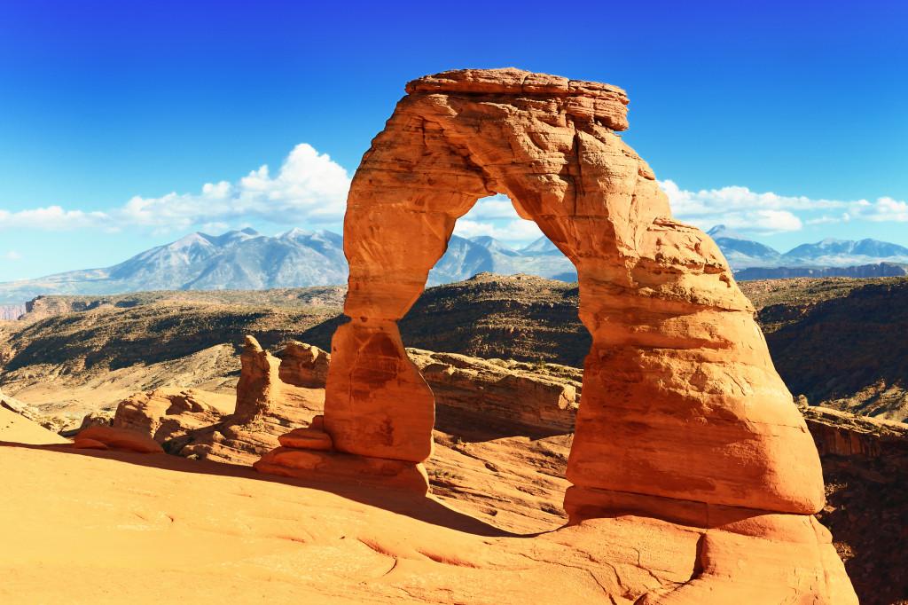 Sunset at famous Delicate Arch, Utah, USA
