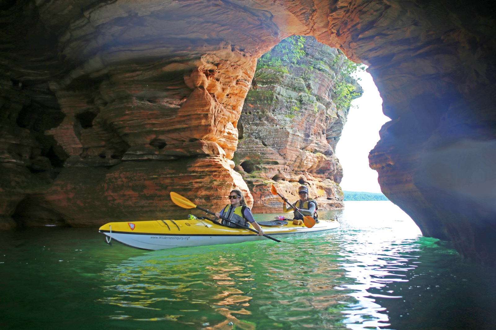 Apostle-Islands-Lodge-Based-Kayak-Adventure-lg