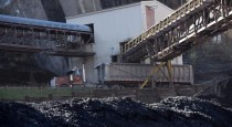 In-a-first-US-ships-coal-to-Ukraine