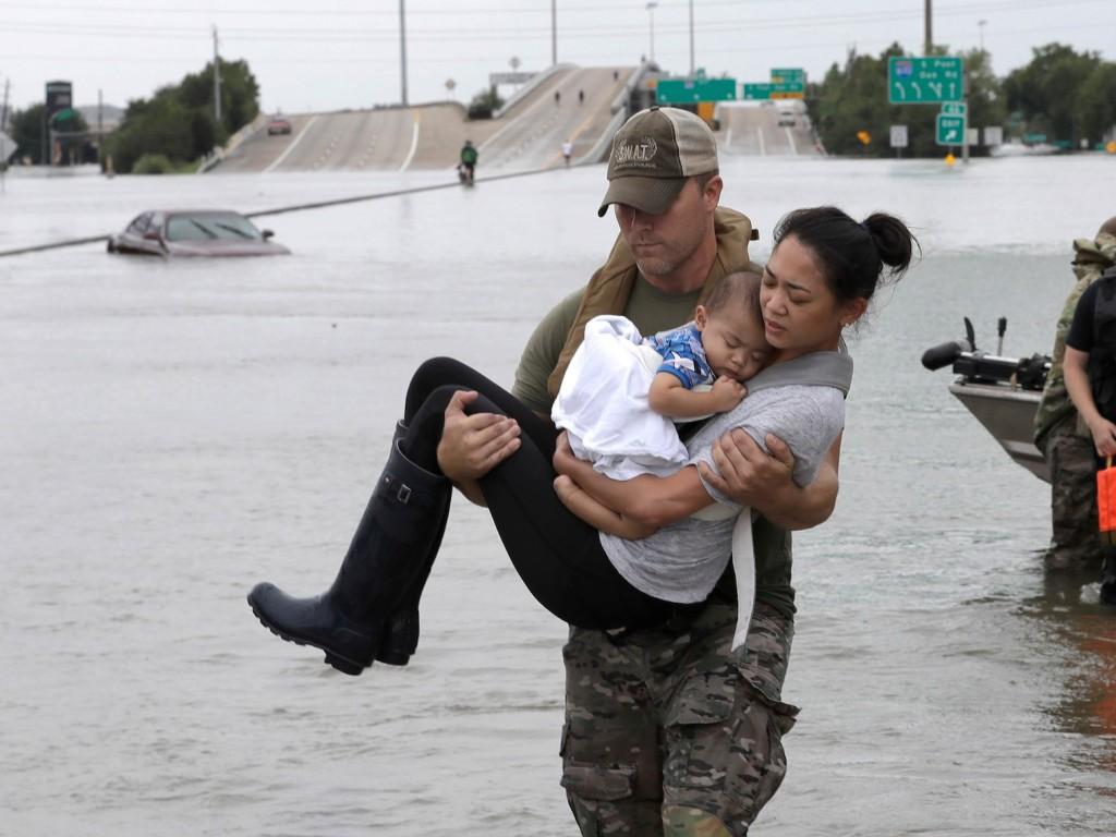 how to help hurricane harvey