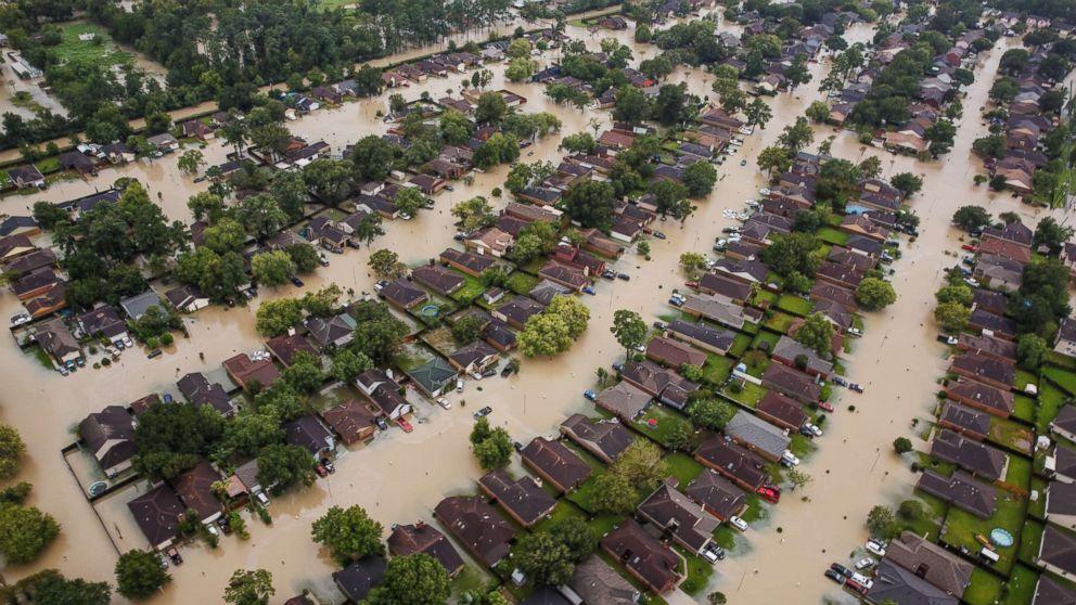 hurricane-harvey-pol-ml-170830_16x9_992