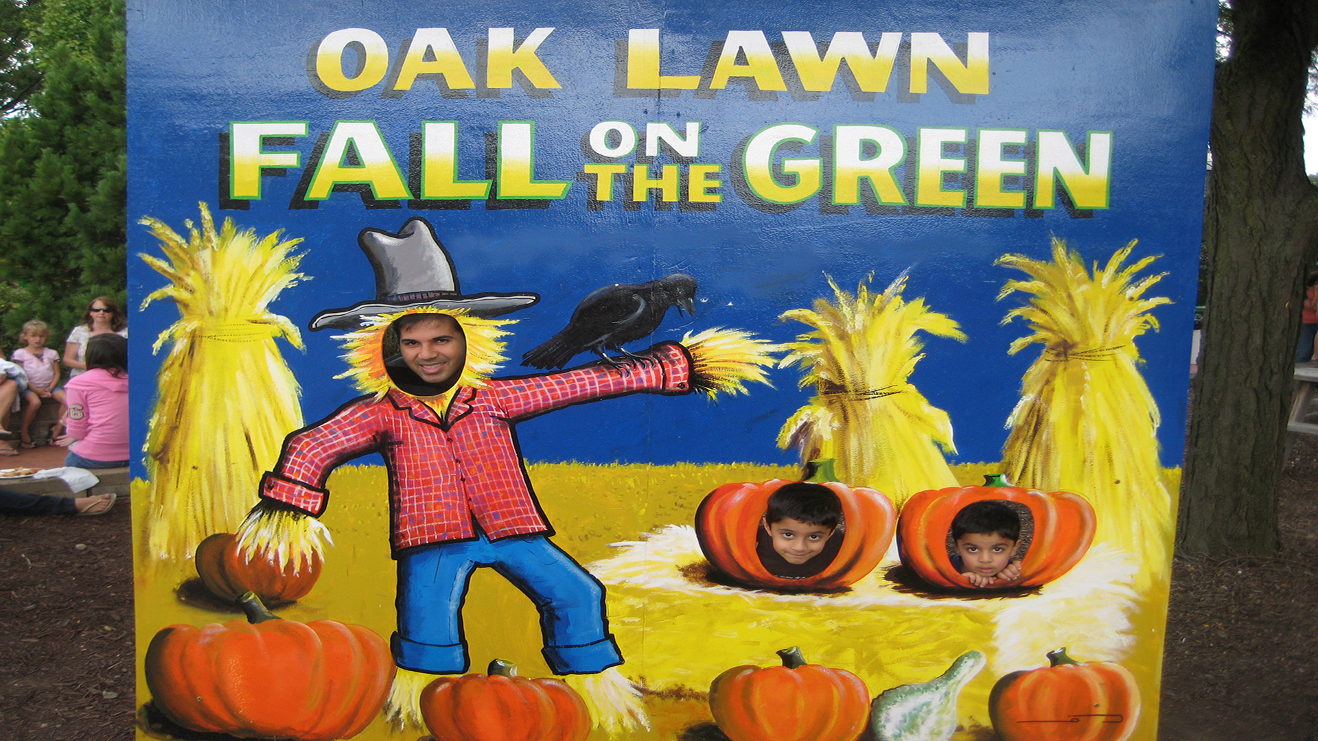 2009-Oak-Lawn-fall-on-the-greenIMG-5123