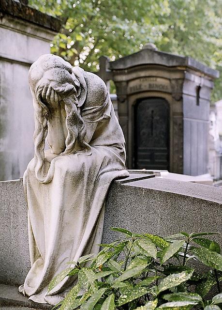 778fbd7fdd4d2249d25c23ccc0767daa--cemetery-statues-cemetery-art