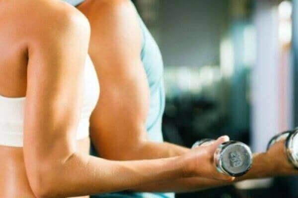 6. Допомагає м'язам