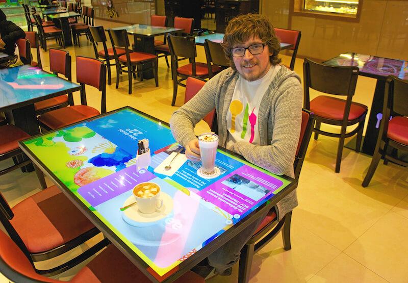 1 Interactive-Restaurant-Table1