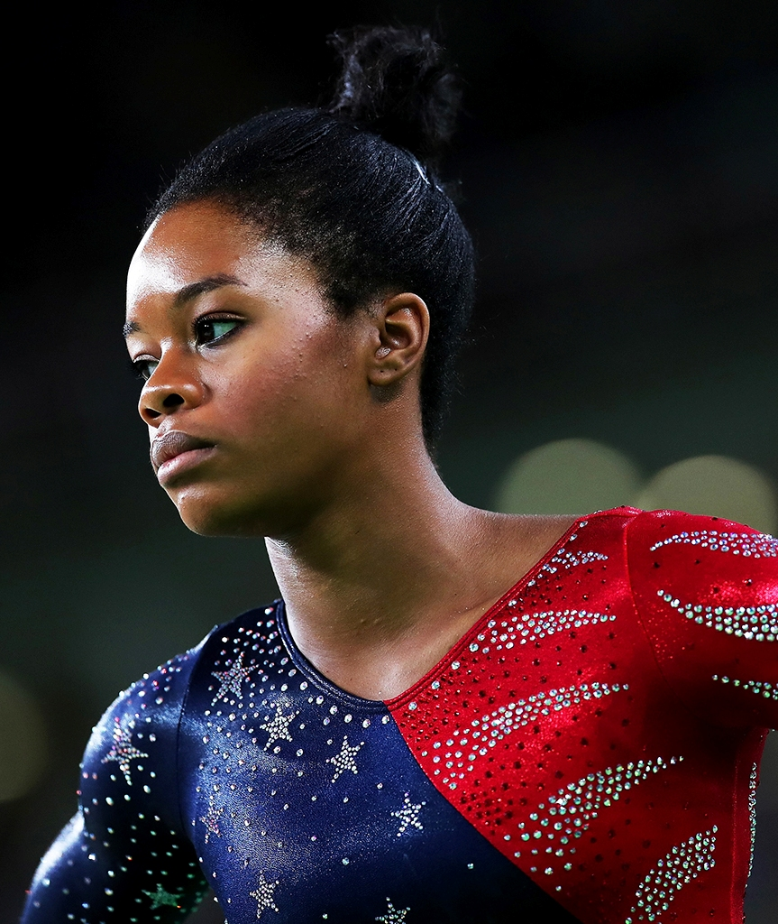 the internet debate between gabby douglas and ryan lochte Gabby douglas of the united states came onto the scene of women's gymnastics quickly watching her compete in the olympic trials was an indication for many that a star had been born, and the best was yet to come.