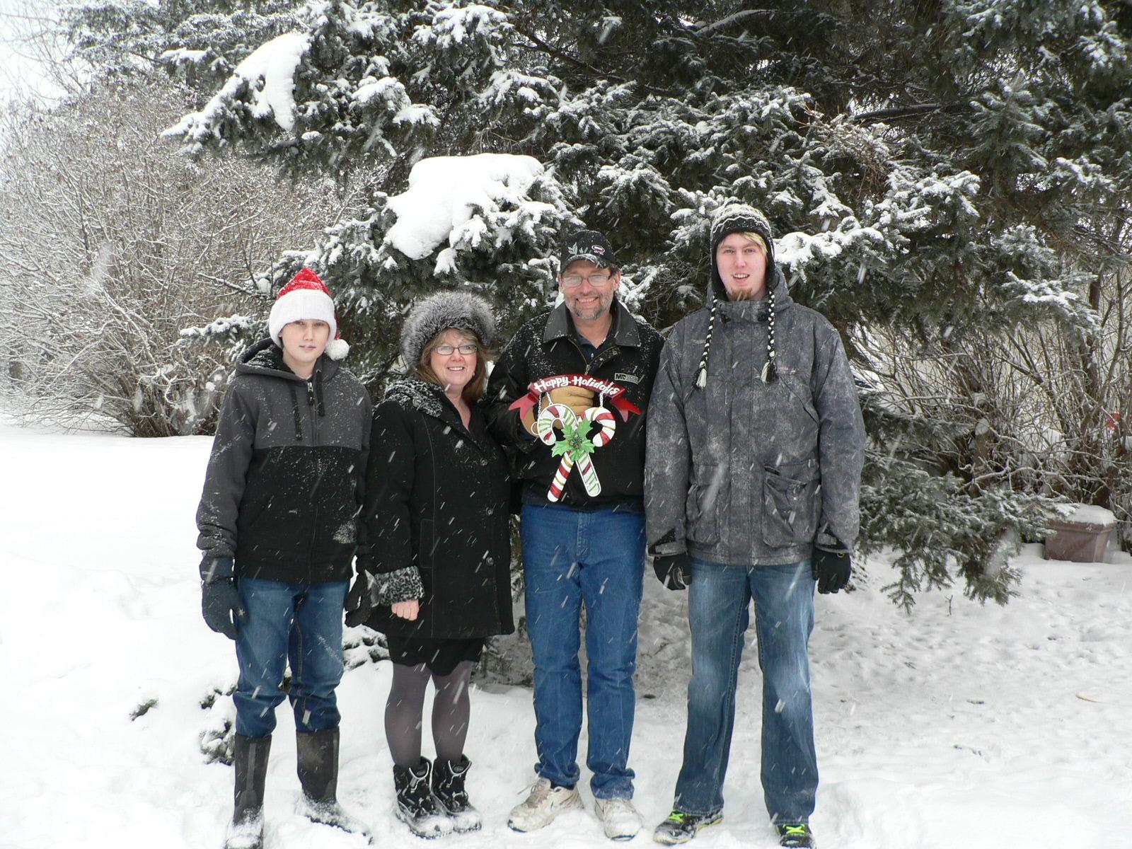 Сім'я Кена в Канаді