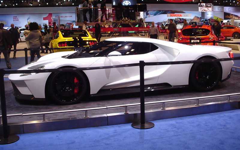 5 chicago-auto-show-ford-gt-3