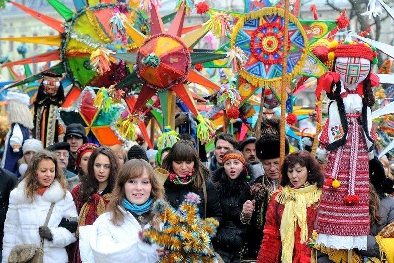 _Festival_pampuh__Chervone_vino__i_Malanka_fest___kudi_poyihati_na_zimovi_svyata_1_2017_12_18_08_03_51