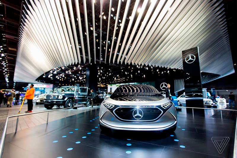 Mercedes-Benz had one of the biggest displays at the auto show, and made one of the biggest announcements with the new G-Class. But it still stuck one of its al