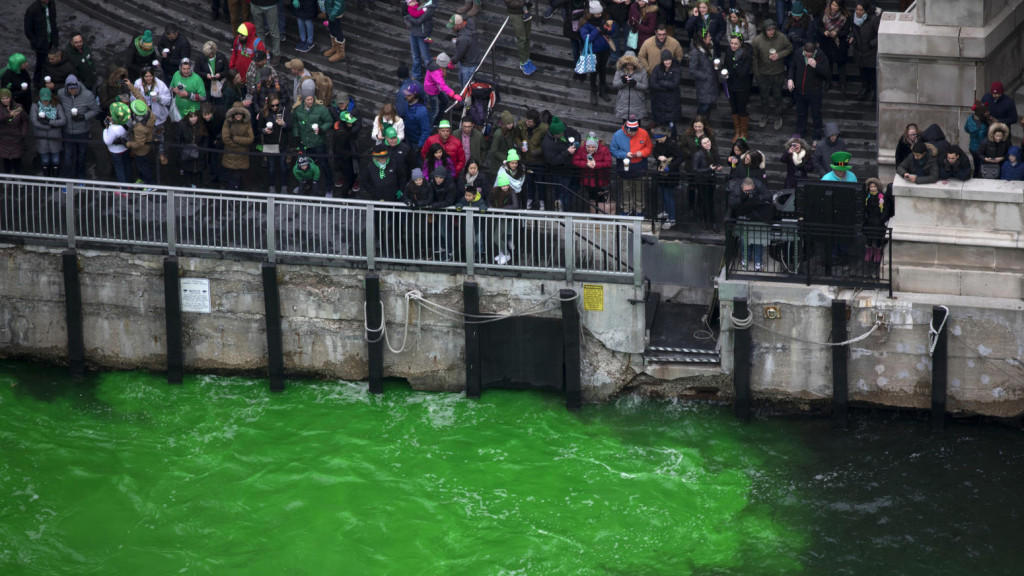 chi-ct-ct-chicago-st-patricks-day-parade-2018-10-ct0064476034-20180317