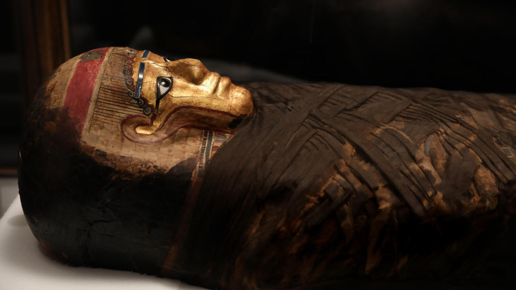 ct-new-mummies-exhibit-field-museum-photo-gall-001