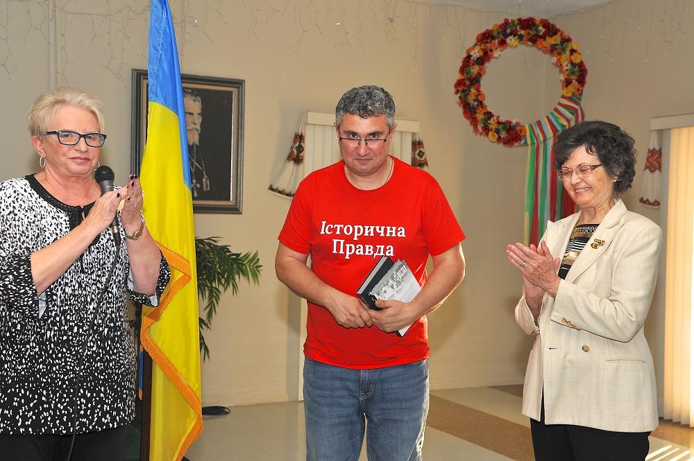 Організатори зустрічі: Дарія Томашоска, ред. В.Кіпіані і Віра Боднарук