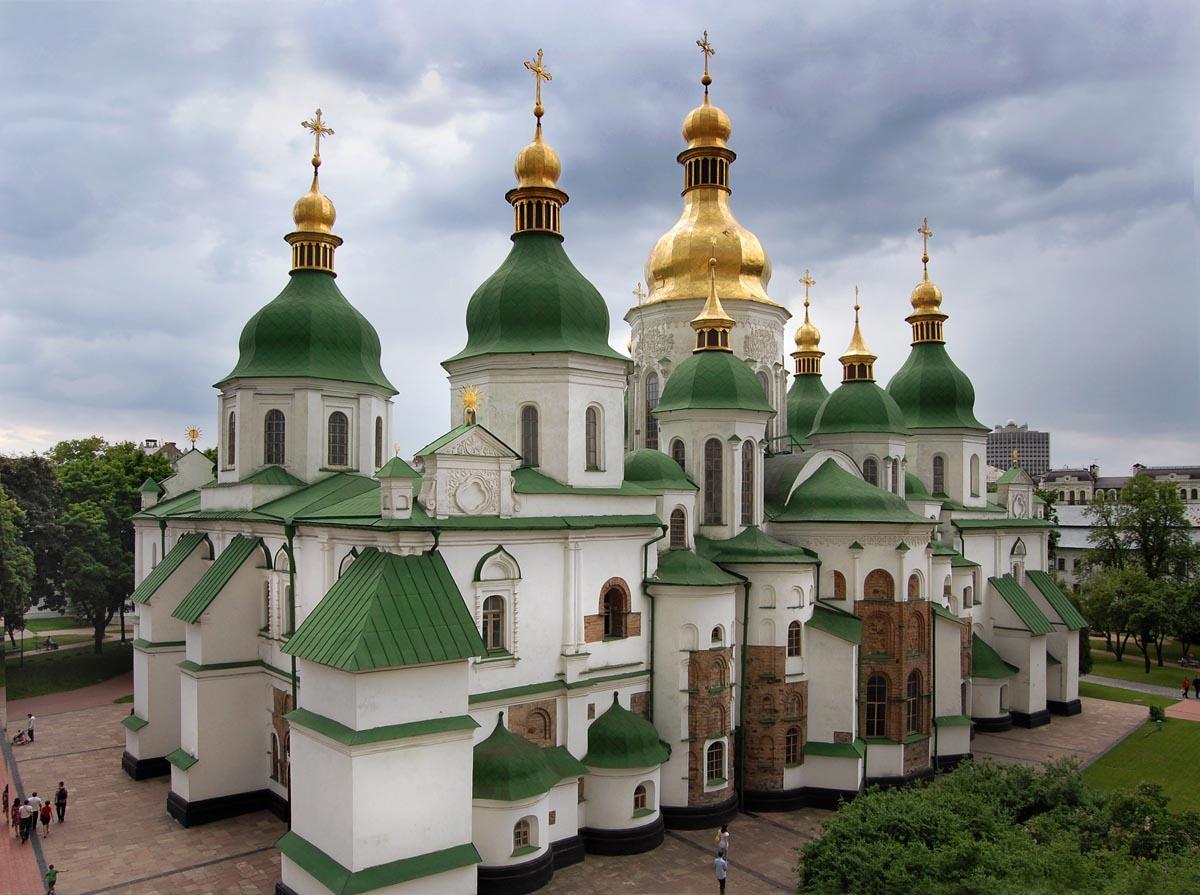 Софійський собор у Києві було засновано в той час, коли Київська митрополія не залежала від Москви