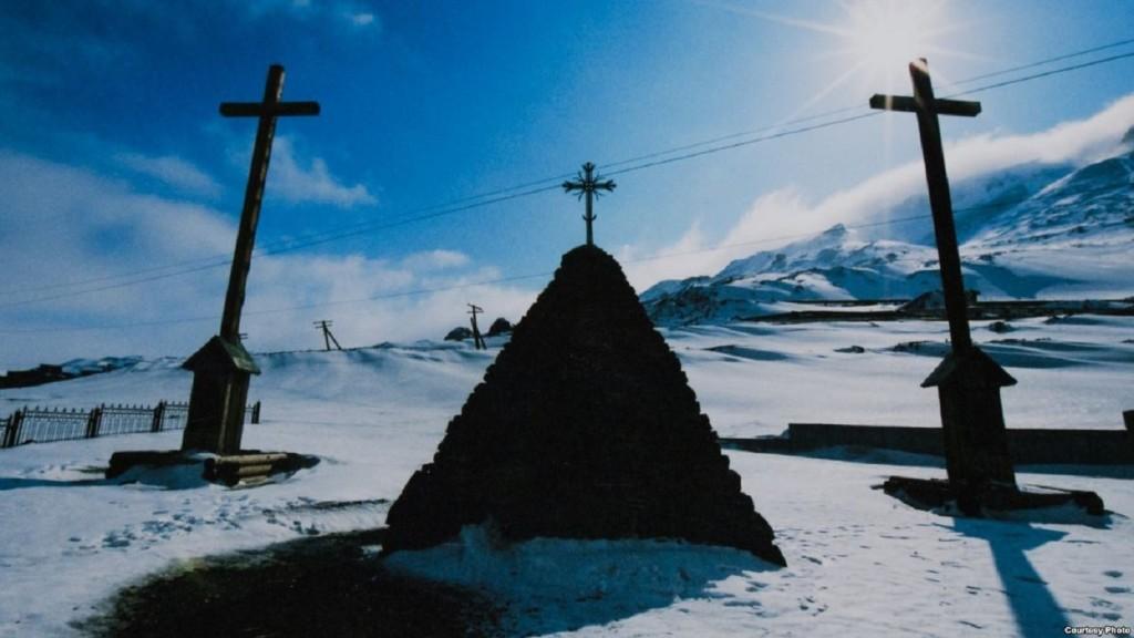 памятник у Норильску01